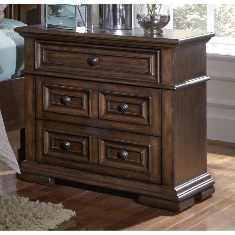 Rc Willey Store: Cordovan Brown Traditional Nightstand - Lucca