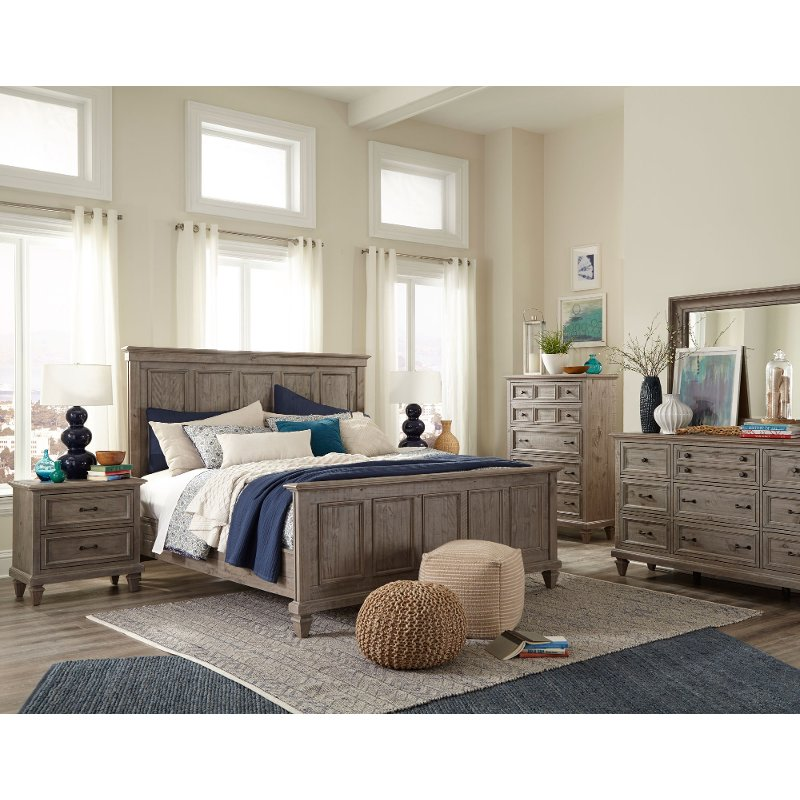 Casual Rustic Gray 4 Piece King Bedroom Set - Dovetail | RC Willey ...