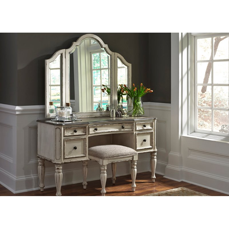 Antique White Traditional 3 Piece Vanity Set - Magnolia Manor - Antique White Traditional 3 Piece Vanity Set - Magnolia Manor RC