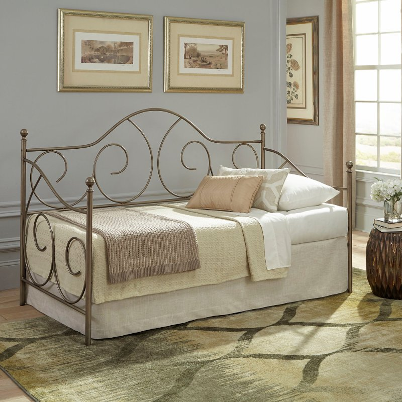 Traditional Aged Iron Daybed Cambry Rc Willey