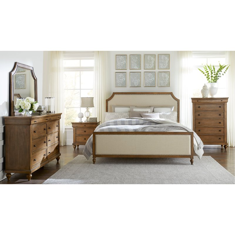 Bedroom Sets Furniture Stores: Classic Toffee Brown 4 Piece Queen Bedroom Set