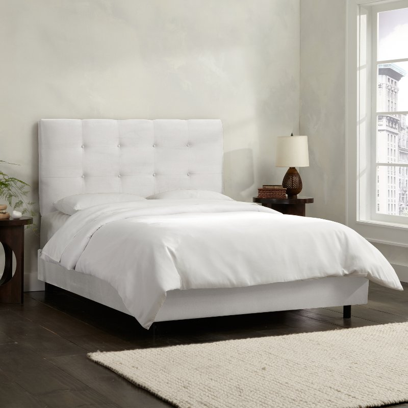 White Square Tufted Queen Upholstered, Upholstered Queen Bed White
