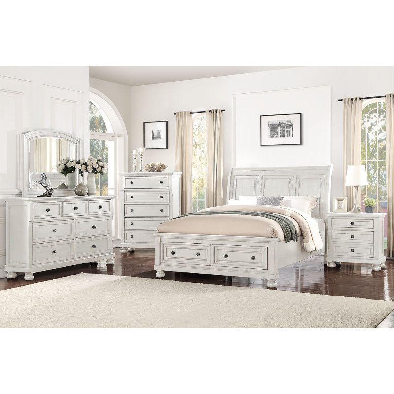 Bedroom Furniture Sets Online: Classic Traditional White 4 Piece King Bedroom Set