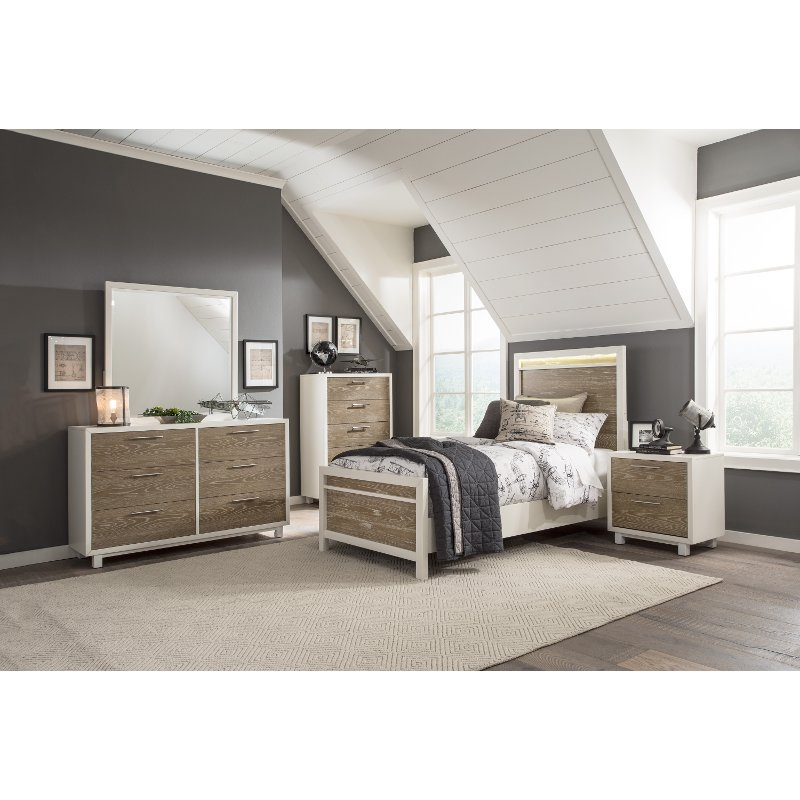 White and Oak 4 Piece Queen Bedroom Set - Brampton