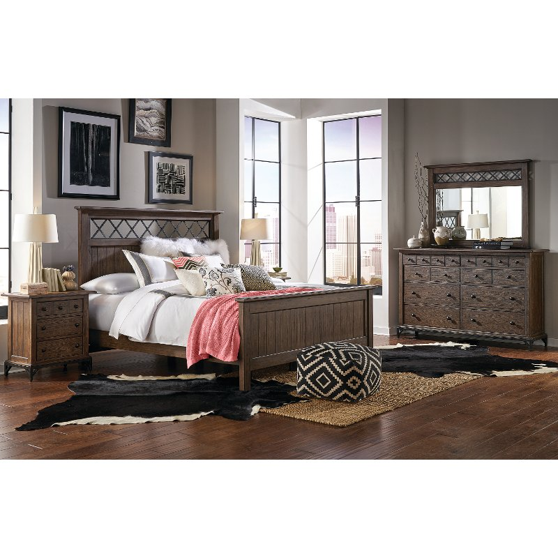 Strange Brown 4 Piece Queen Bedroom Set Stone Mountain Home Interior And Landscaping Synyenasavecom