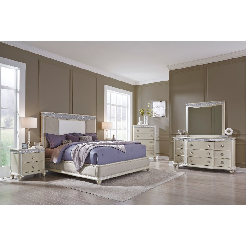 Traditional Pearl 4 Piece King Bedroom Set Starlight Rc Willey