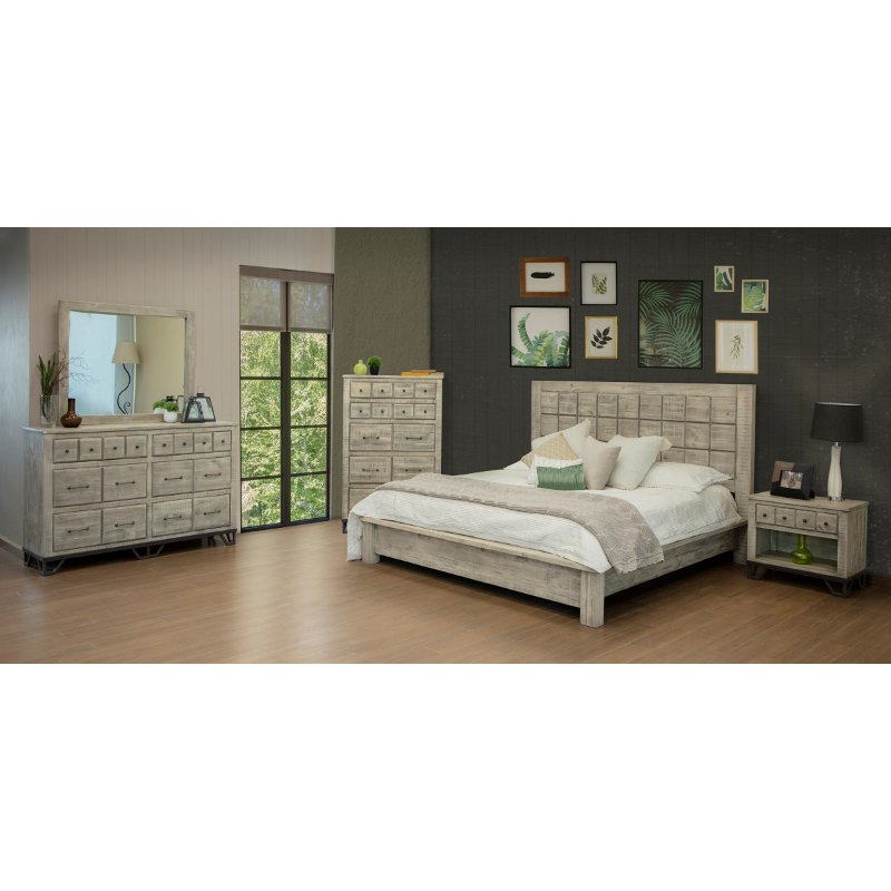 Rustic Whitewashed 4 Piece Queen Bedroom Set Vista Rc Willey