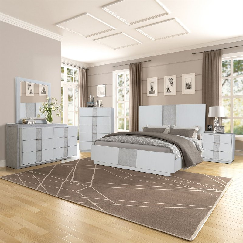 Contemporary White 4 Piece Queen Bedroom Set Mirage Rc Willey