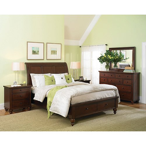 Brown Cherry Traditional 4 Piece California King Bedroom Set