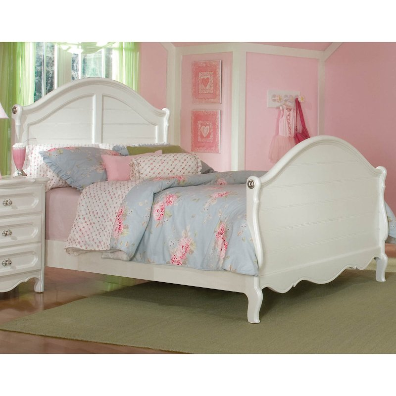 Adrian White Twin Sleigh Bed
