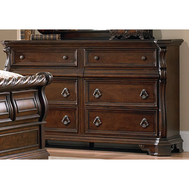 Willey Furniture: Traditional Brown Dresser - Arbor Place