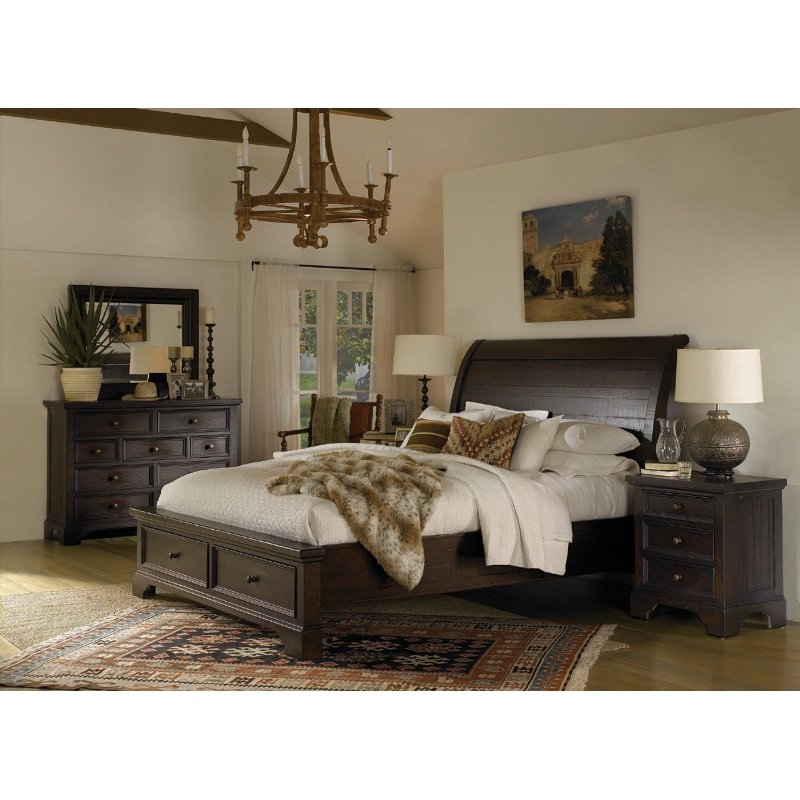 Willey Furniture: Classic Brown 4 Piece Queen Bedroom Set - Bayfield