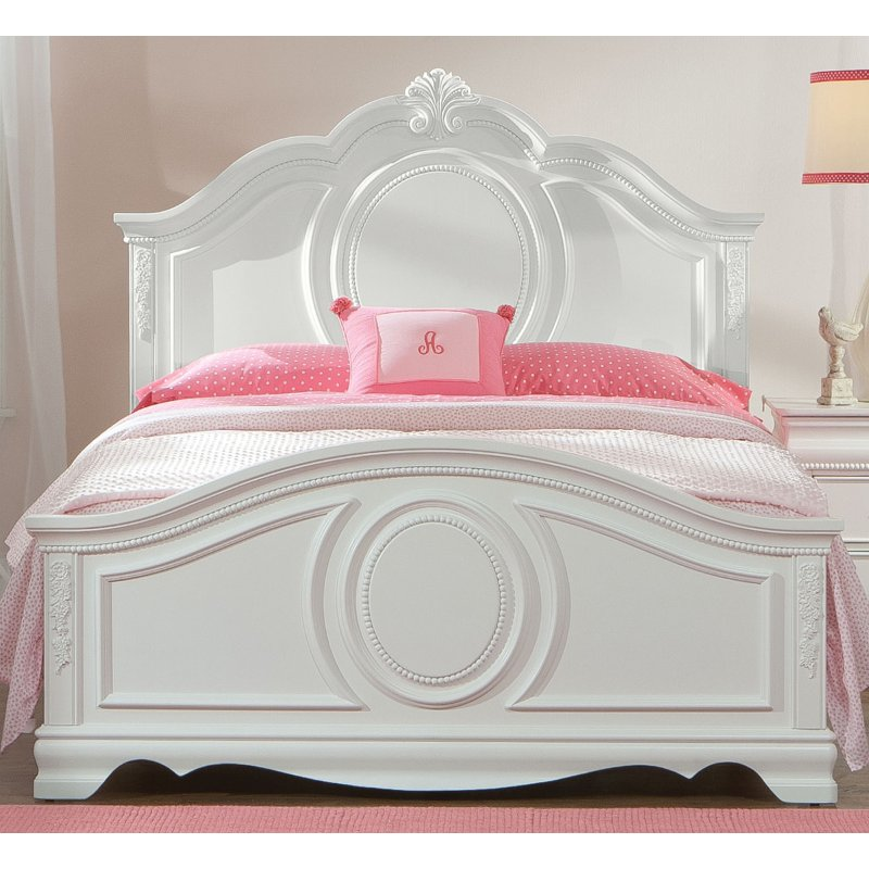 White Traditional Twin Bed Jessica