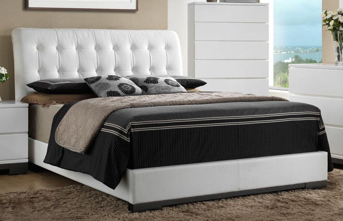 White Contemporary 6 Piece King Bedroom Set Avery Rc