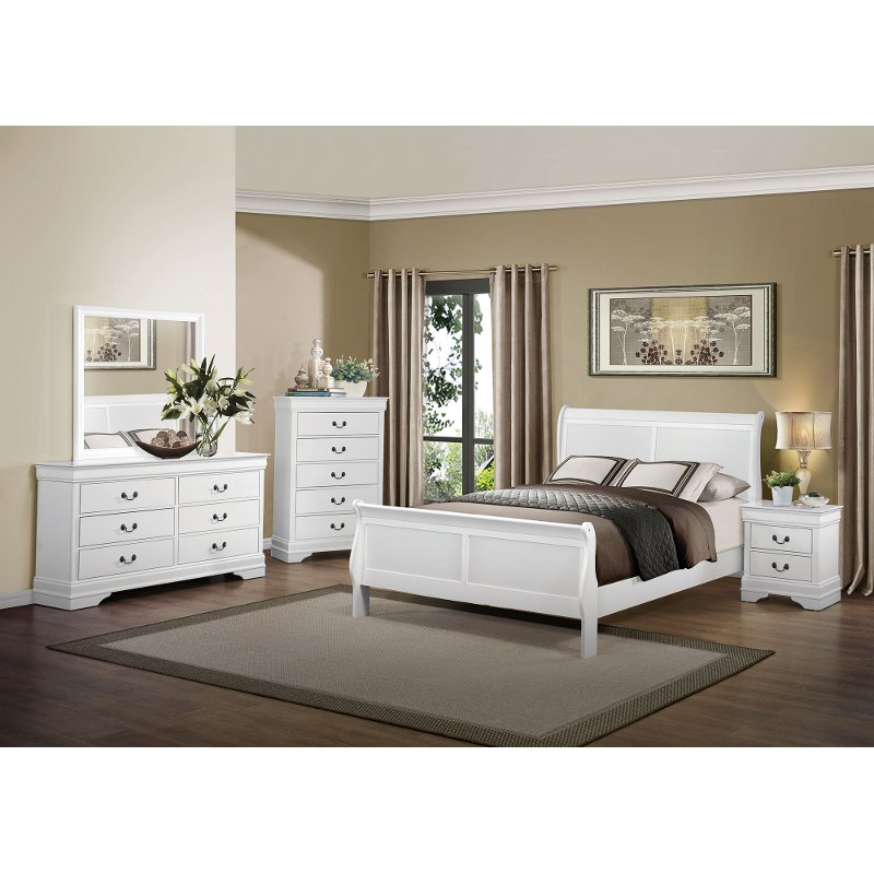 Classic Traditional White 4 Piece King Bedroom Set - Mayville