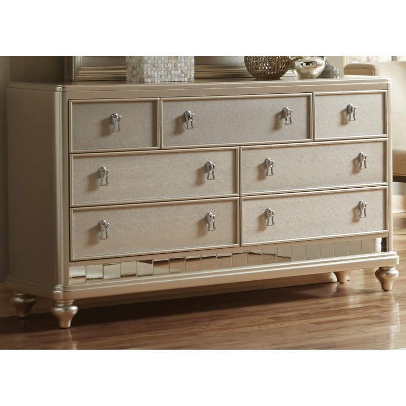 Rc Willey Stores: Traditional Champagne Dresser - Diva