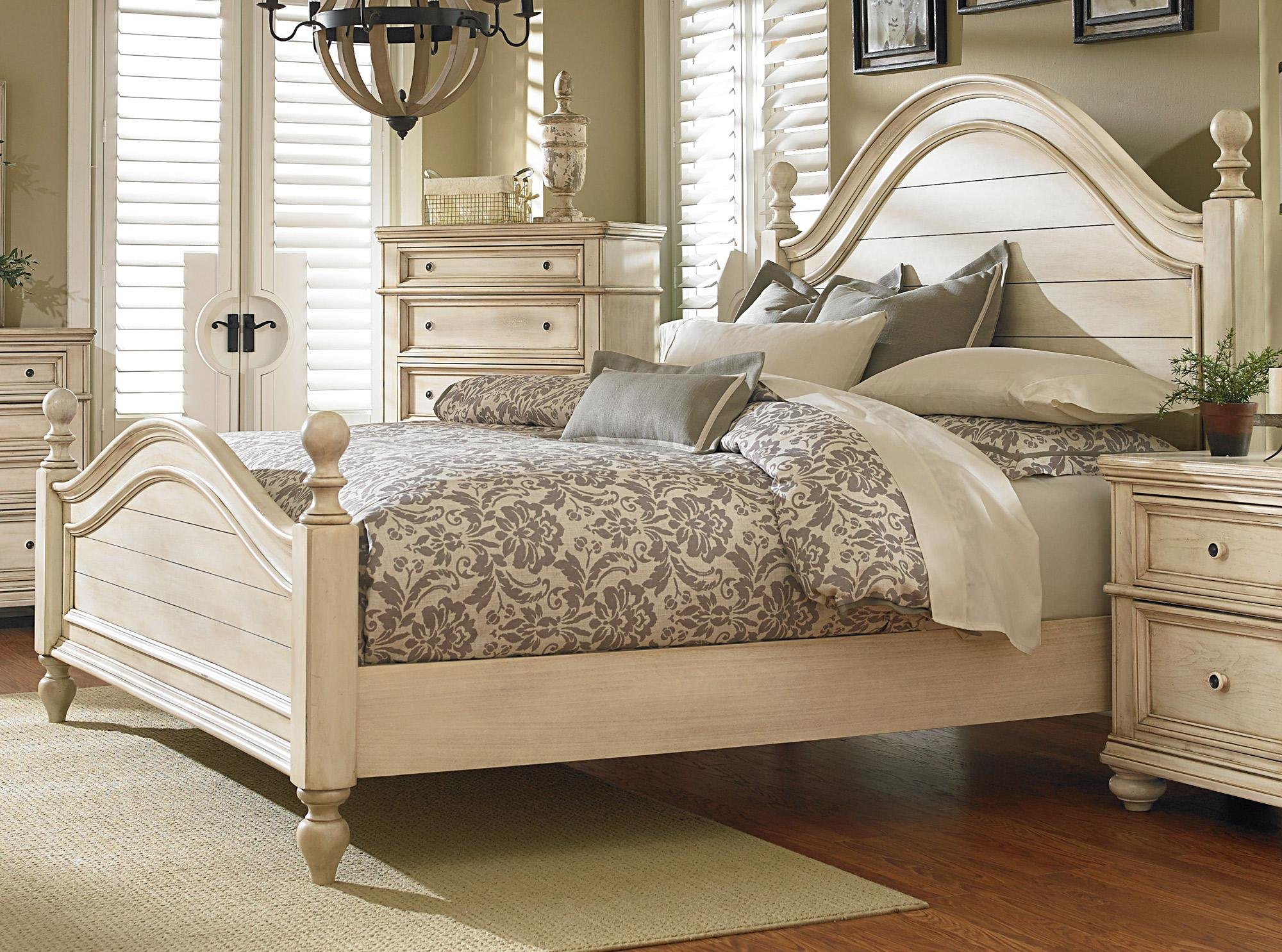 Antique White 6 Piece King Bedroom Set Heritage Rc