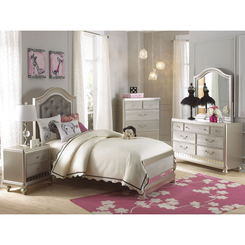 Traditional Champagne Gold 4 Piece Twin Bedroom Set