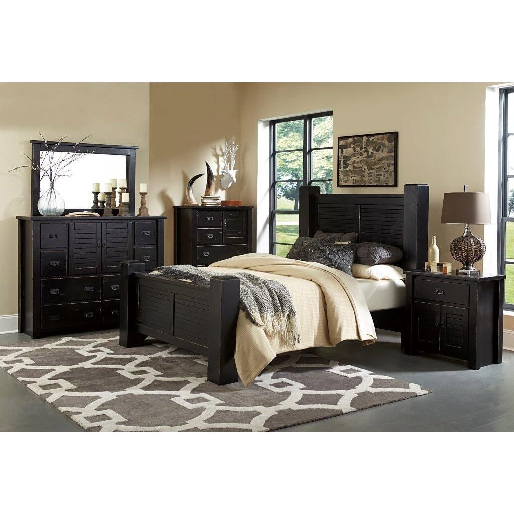Trestlewood Black 6 Piece Cal King Bedroom Set