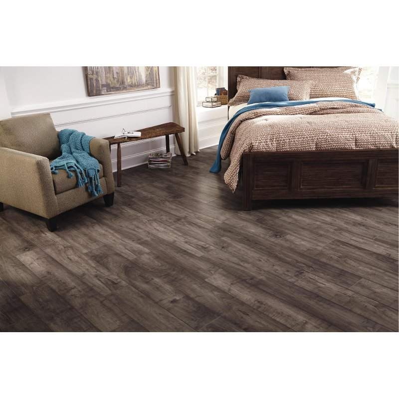 Mannington Woodlands Maple Laminate Rc Willey Furniture Store