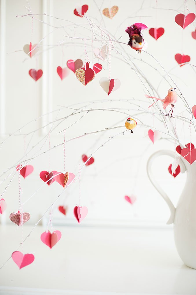 DIY: Valentine's Day Branch Tree
