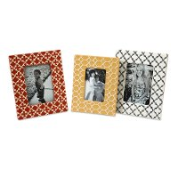 White Graphic Photo Frame