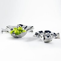 Medium Polished Stainless Steel Serving Bowl