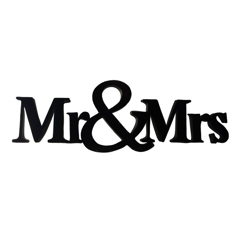 Metal Mr and Mrs Sign Wall Decor