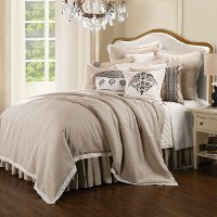 Queen Charlotte Bedding Collection