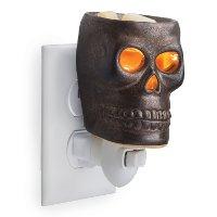 PISKL/SKULL/PLUGIN Skull Pluggable Fragrance Warmer   Candle Warmers