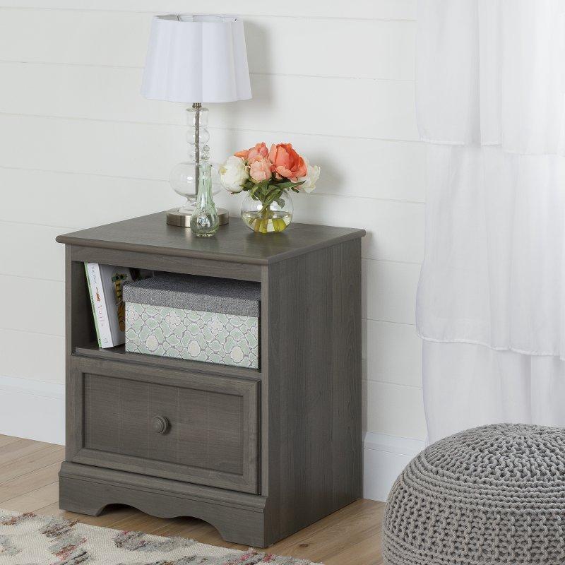 Gray Maple One-Drawer Nightstand - Savannah