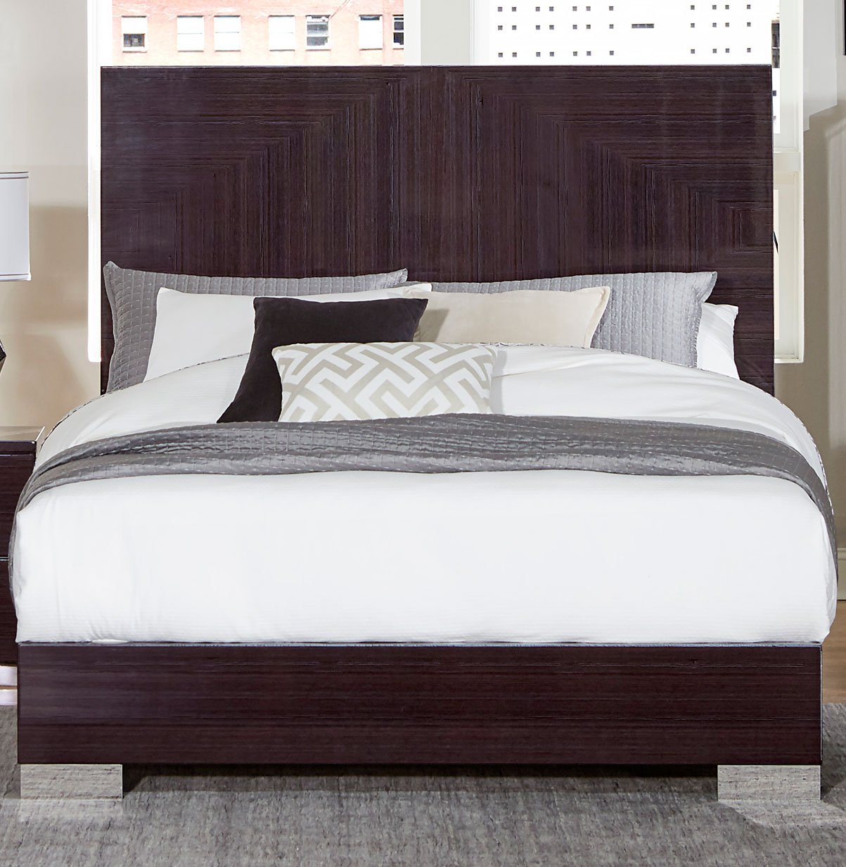 Modern plum brown 6 piece king bedroom set moritz rc - Contemporary king bedroom furniture ...