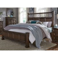 Cordovan Brown Traditional Queen Bed - Lucca