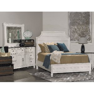 Weathered White Casual 6 Piece Queen Bedroom Set   Carriage House