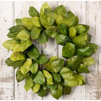 30 Inch Green Magnolia Leaf Wreath Arrangement