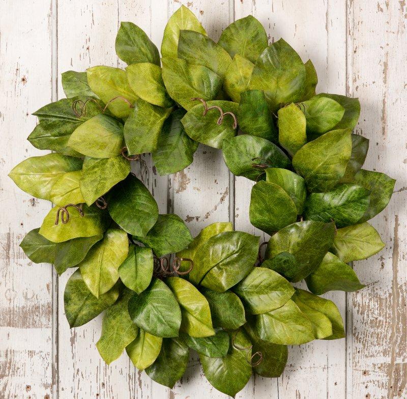 30 inch green magnolia leaf wreath arrangement rcwilley image1~800