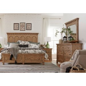 clearance wheat pine rustic traditional 6 piece queen bedroom set graham hill