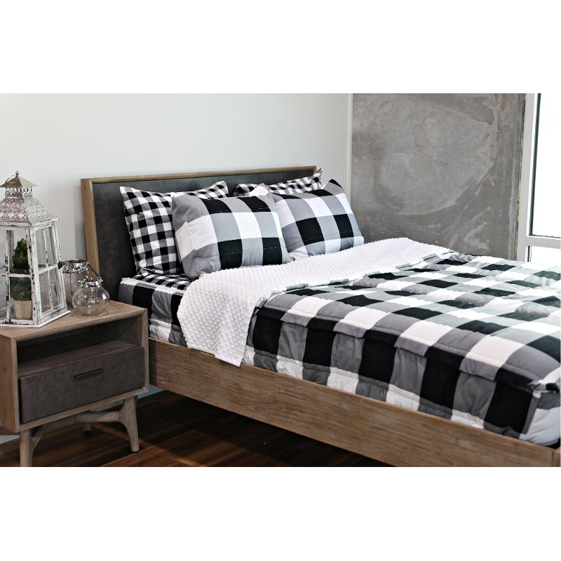 Beddy's Full Black and White Checked Out Bedding Collection