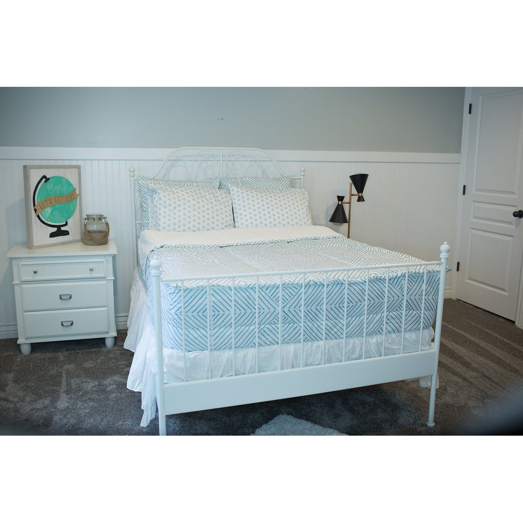 Beddy's Full I'm Drawing the Line Bedding Collection