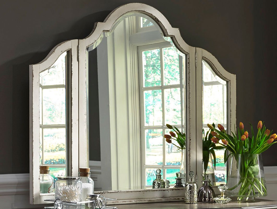 Antique White Traditional Vanity Mirror - Magnolia Manor - Antique White Traditional 3 Piece Vanity Set - Magnolia Manor RC