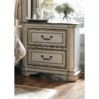 Antique White Traditional Nightstand - Magnolia Manor
