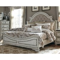 Traditional Antique White Queen Bed - Magnolia Manor