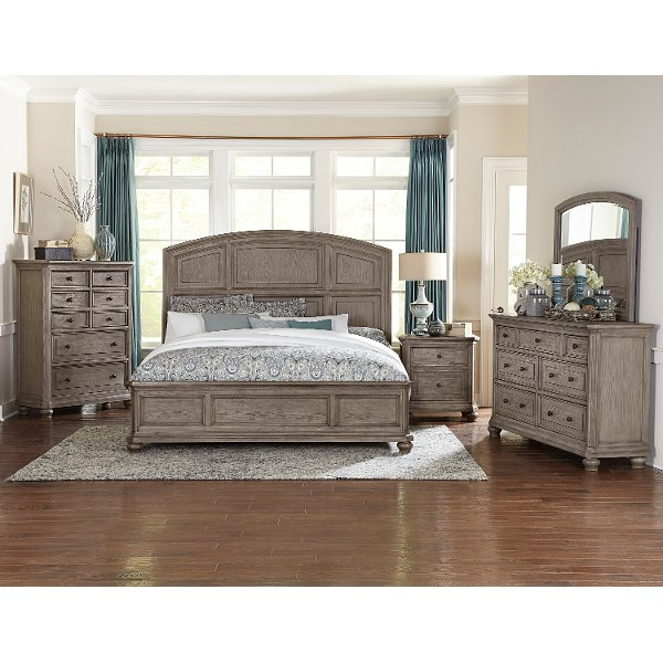... Clearance Traditional Gray Oak 4 Piece Queen Bedroom Set   Lavonia