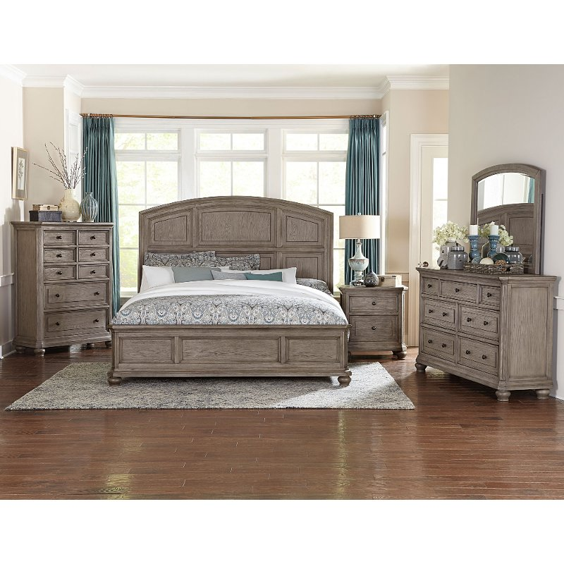 Traditional Gray Oak 4 Piece King Bedroom Set Lavonia Rc Willey Furniture