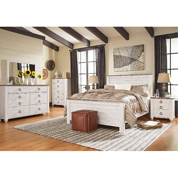 Classic Rustic Whitewashed 4 Piece Queen Bedroom Set   Millhaven