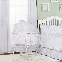 White Portable 2-in-1 Bassinet and Cradle - Lacy