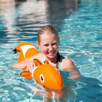 2150FIS Clownfish Mesh Pool Toy - ZZoodle