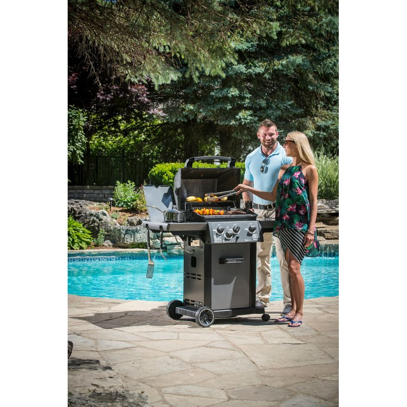 Broil King Monarch 340 Natural Gas Grill - Stainless Steel