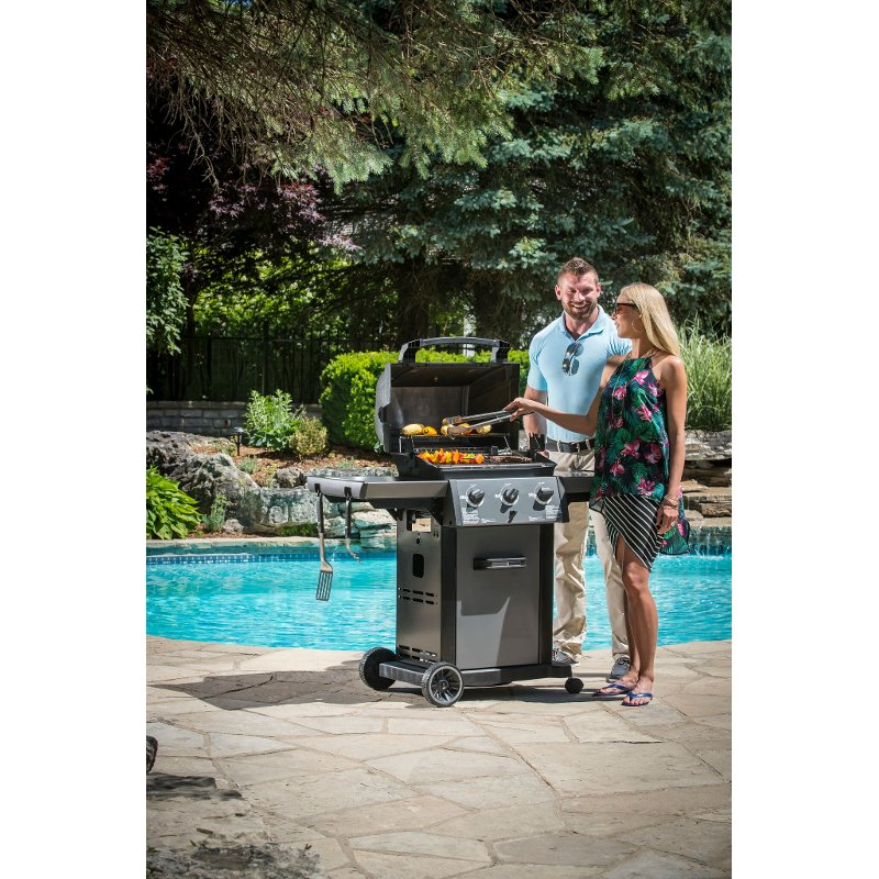 Broil King Monarch Natural Gas 320 Grill -Stainless Steel