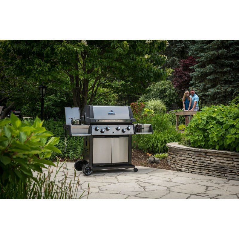 Broil King Sovereign XLS 90 Natural Gas Grill - Black/Stainless Steel